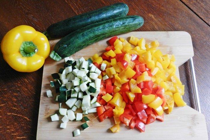¿Cómo debemos limpiar los vegetales?