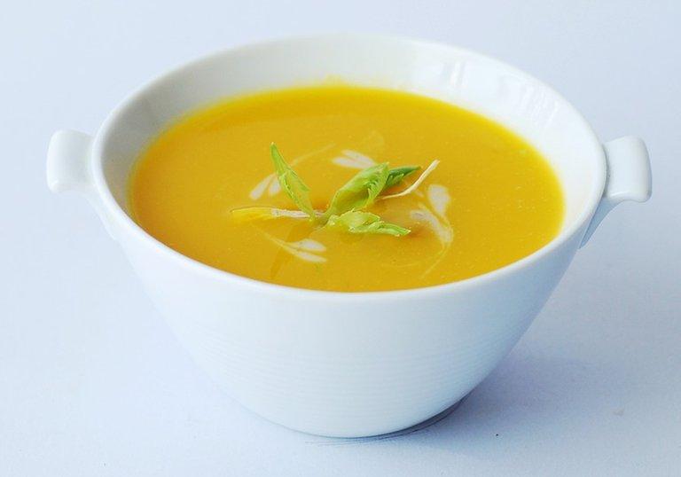 Receta rica y nutritiva: Sopa crema de calabacín